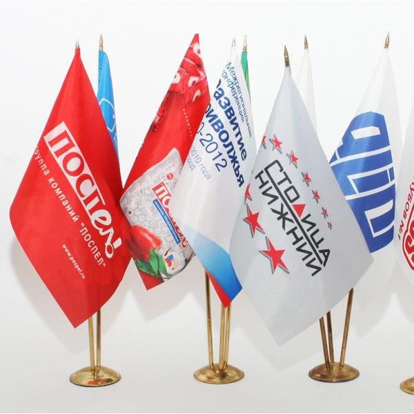 Печать флагов и флагштоки